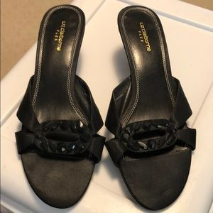 Liz Claiborne Black Shoes